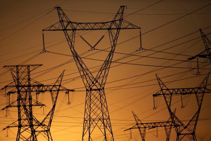 economia-eletrobras-torre-transmissao-20170831-002.jpg