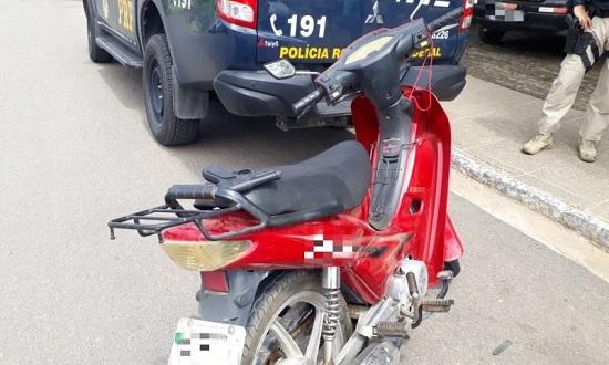 ciclomotor_apreendido_foto_prf_240719.jpg